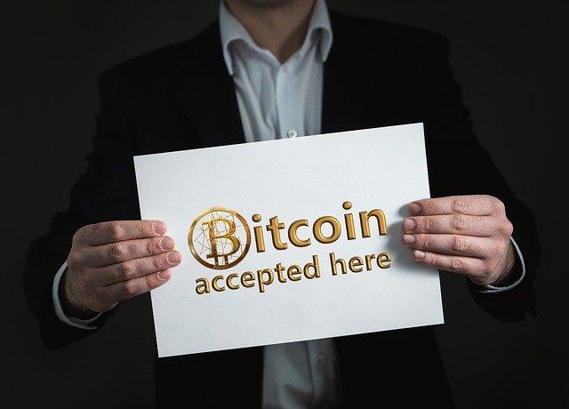 Bitcoin 3215526 640